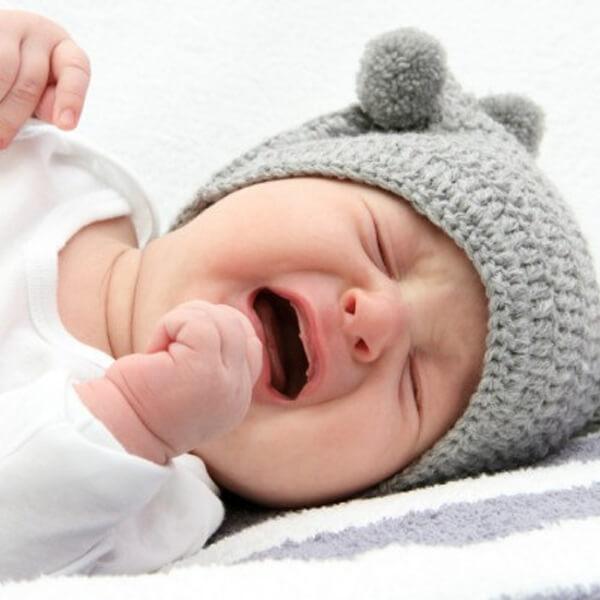 کولیک نوزاد و درمان خانگی (فیلم)