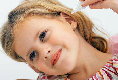 قطره گوش برای درمان عفونت گوش کودکان