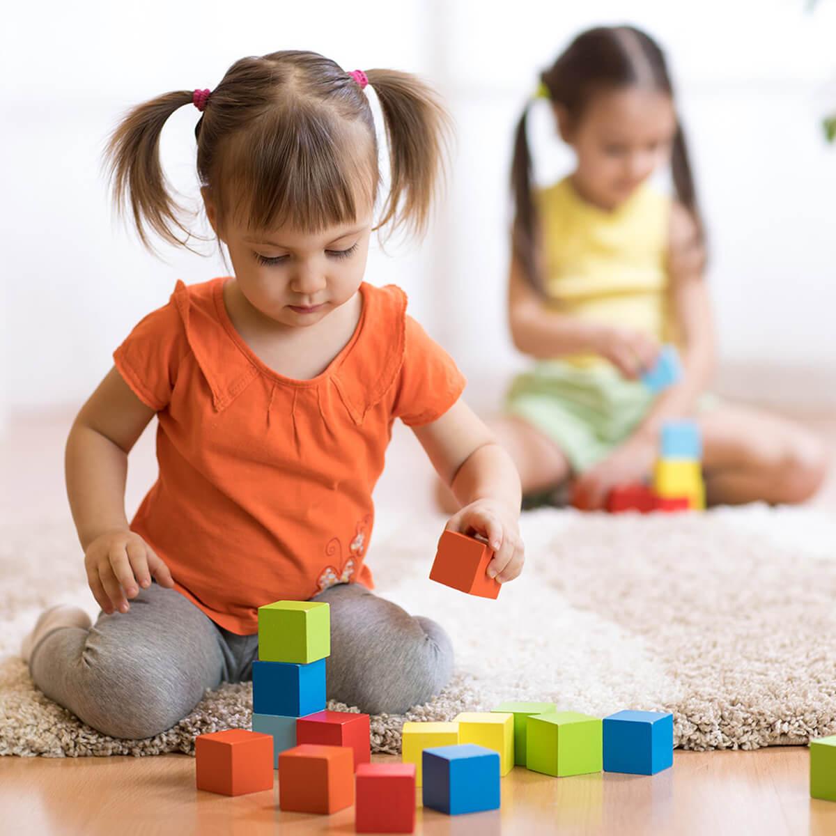مراحل رشد و تکامل کودک