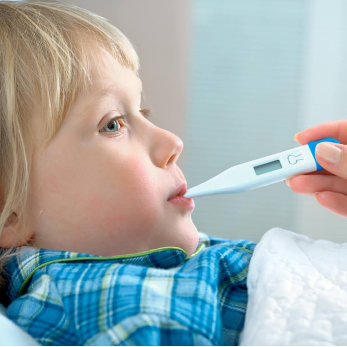 علائم و درمان بیماری کاوازاکی در کودکان